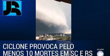 ASSISTA: Imagens impressionantes do ciclone Bomba no sul do Brasil