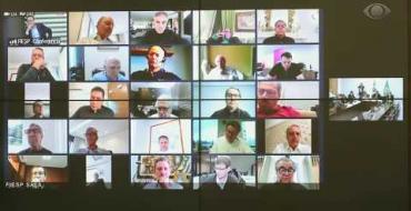 VÍDEO: Homem aparece seminu em videoconferência com Bolsonaro e empresários