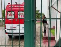 Bandidos invadem Escola Técnica em Bayeux, roubam armas e deixam um vigilante ferido