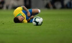 Lesionado, Neymar é cortado da seleção brasileira para Copa América