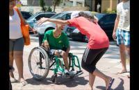Vereadora afirma que foi procurada por moradoras do Cabo Branco para não deixar que deficientes frequentem a praia