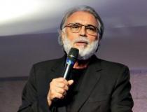 'Picaretagem': Pastor Estevam denuncia golpe pelo Whatsapp após ter número de telefone clonado