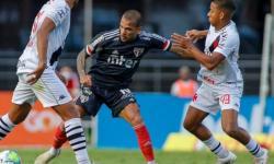 ASSISTA: Desfalcado, Vasco segura empate e freia sequência de vitórias do São Paulo