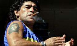 Velório de Maradona tem confusão, choro e aglomeração; acompanhe ao vivo