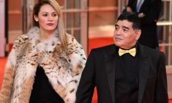 Veja o exato momento em que a ex-namorada de Maradona é impedida de participar do velório do craque – VEJA VÍDEO