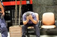 VÍDEO: Homem filma partes íntimas de mulher por baixo de saia e acaba preso