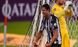 Hulk brilha, Atlético-MG goleia o Cerro e vira líder na Libertadores