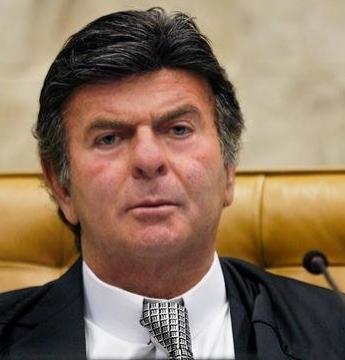 URGENTE: Presidente do STF decide manter vacinação dos trabalhadores em educação de João Pessoa