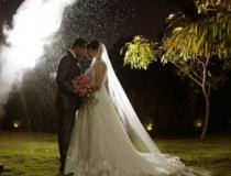 Antes de morrer, mulher tem o casamento dos sonhos em cerimônia cheia de emoção