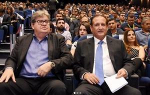 """Hervázio Bezerra é favorável ao retorno de João Azevêdo ao PSB: """"Na volta ninguém se perde"""