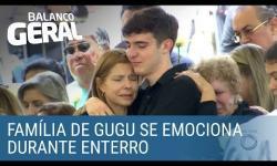 ASSISTA: Família se emociona durante enterro de Gugu Liberato