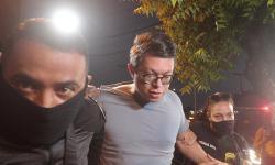 ASSISTA: Momento em que DJ Ivis chega à delegacia em Fortaleza preso por agredir à ex-mulher