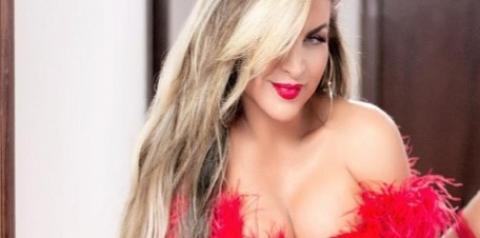 Musa fitness posa de lingerie vermelha e enlouquece os internautas; fotos!