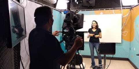 TV Câmara começa a transmitir aulas para alunos da Rede Municipal
