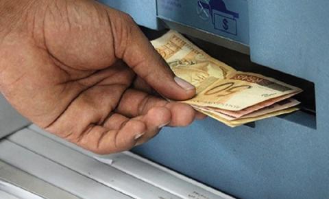 João Azevêdo anuncia pagamento dos servidores para os dias 30 e 31
