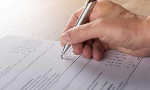 Reitor da UEPB e prefeito de Guarabira assinam contrato para realização de concurso público com 218 vagas