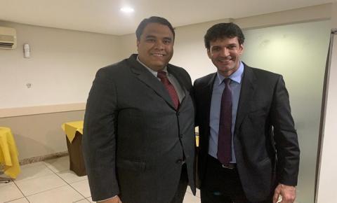 Em Goiânia, Gustavo participa do Fórum Nacional do Turismo e planeja novas conquistas para o setor