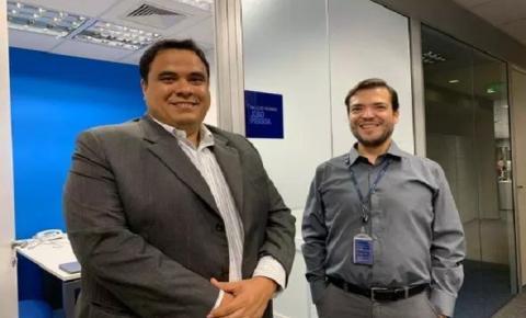Gustavo discute ação de novos voos para Paraíba
