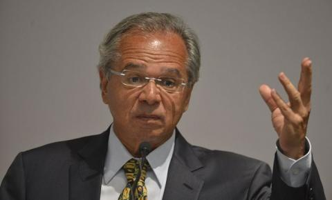 Sem crédito suplementar, Bolsa Família para em setembro, diz Guedes