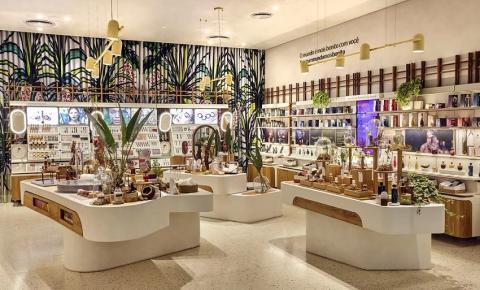 Natura compra a Avon em negócio bilionário