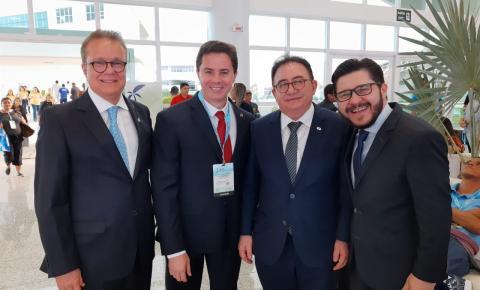 Veneziano representa o Senado em evento realizado em João Pessoa visando a modernização do turismo no Brasil