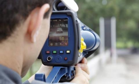 Justiça determina que PRF volte a usar radares móveis