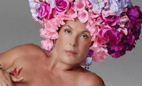 Atriz ex-global celebra chegada aos 52 anos com ensaio nu; veja
