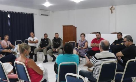 Prefeita de Conde se reúne com empresários de pousadas em Jacumã