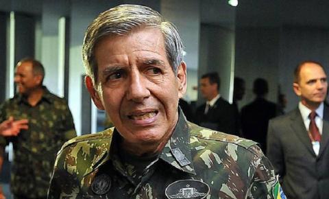 """Apreensão de celular de Bolsonaro é """"afronta à autoridade máximo do Poder Executivo"""", diz general Heleno"""