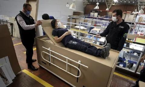VÍDEO - Empresário cria cama hospitalar que pode ser convertida em caixão