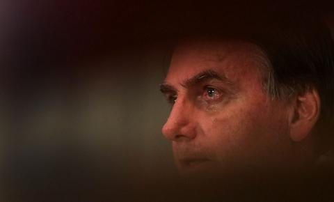 Bolsonaro veta repasse de R$ 8,6 bi para estados e municípios combaterem coronavírus