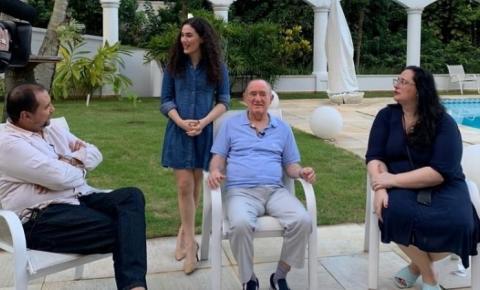 Um trapalhão fora da Globo: Renato Aragão será 1º convidado de novo programa na Record