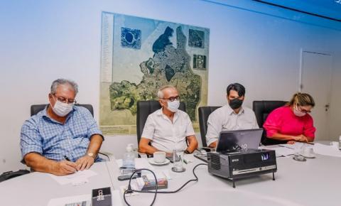 Cícero se reúne com ministro da Saúde para definir vacinação e defende profissionais da educação no grupo prioritário