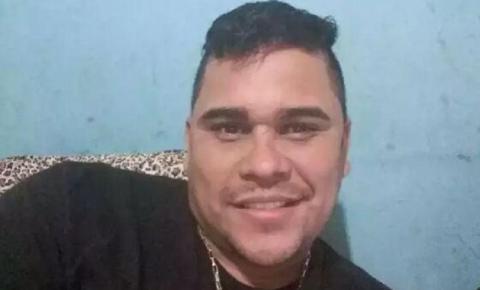 CENA FORTE: Homem é brutalmente executado com mais de 60 tiros de fuzil na frente da esposa