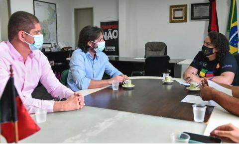 ABRE O OLHO JOÃO AZEVÊDO: Prefeita de Bayeux se encontra com Pedro Cunha Lima, pré-candidato a governador pela oposição