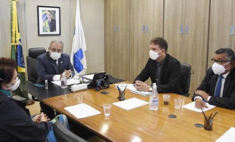 Cidadão ilustre de Bayeux, Pereirinha é recebido pelo ministro da saúde Marcelo Queiroga