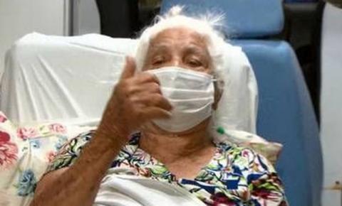 Aos 102 anos, mulher recebe alta após duas semanas internada com covid-19