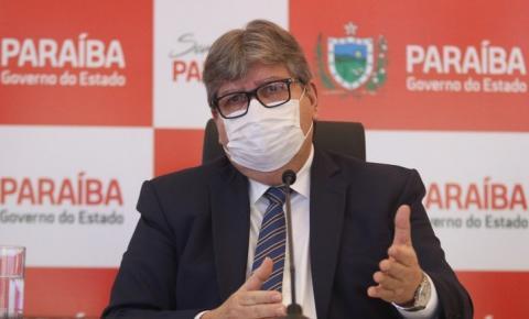 João Azevêdo anuncia que Paraíba terá primeiro voo comercial para o Sertão