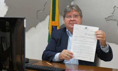 João Azevêdo institui marco legal da Ciência e Tecnologia e anuncia investimentos de R$ 28,2 milhões em pesquisas na Paraíba