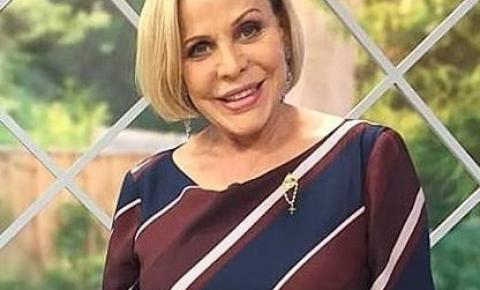 Apresentadora da Rede TV grava programa exclusivo sobre João Pessoa