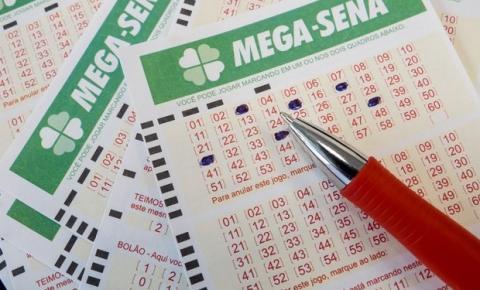 Ninguém acerta as seis dezenas e prêmio da Mega-Sena vai a R$ 65 milhões