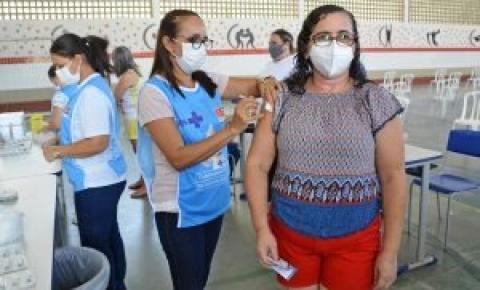 Prefeitura de JP retoma vacinação contra Covid-19 com aplicação de segunda dose