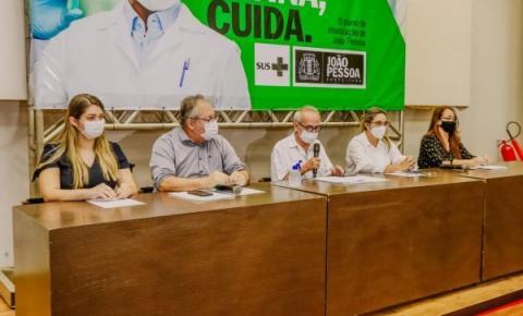 Cícero Lucena projeta vacinação 30+ para a próxima semana, o que levaria D1 a 80% da população de JP