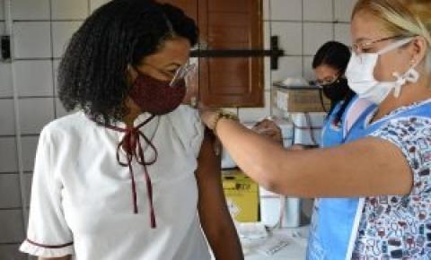 Prefeitura de João Pessoa segue com aplicação da segunda dose nesta terça-feira