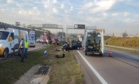 Casal de idosos atravessa pista para ver sobrinha morta em acidente e acaba atropelado; mulher morre