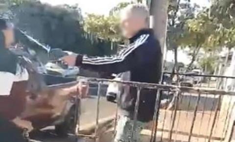 VÍDEO: Faxineira é atacada com ácido pelo ex-patrão e descreve 'dor insuportável'