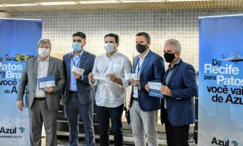 João Azevêdo participa de voo inaugural da Azul entre Recife e Patos e destaca desenvolvimento do Sertão