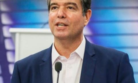 Bandidos usam nome de Ruy Carneiro no Whatsapp para aplicar golpe em prefeitos