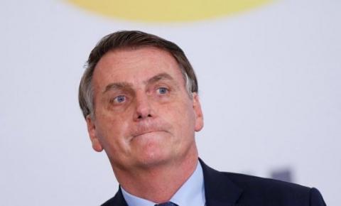 Bolsonaro afirma que não vai congelar preço do combustível
