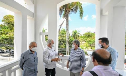 João Azevêdo inspeciona obra e anuncia inauguração do primeiro Museu da Cidade de João Pessoa
